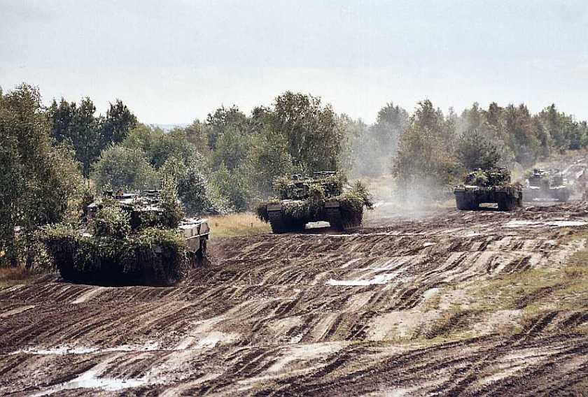 polish_leopard_2a4_10_of_12
