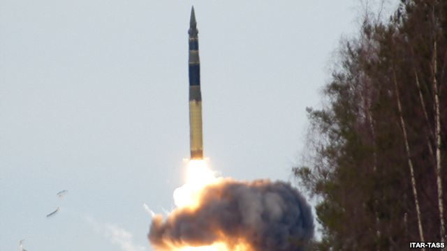 russian-topol-m-missile-test