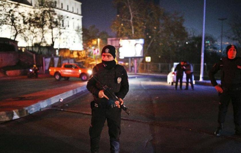 161210160755-08-istanbul-explosion-1210-exlarge-169