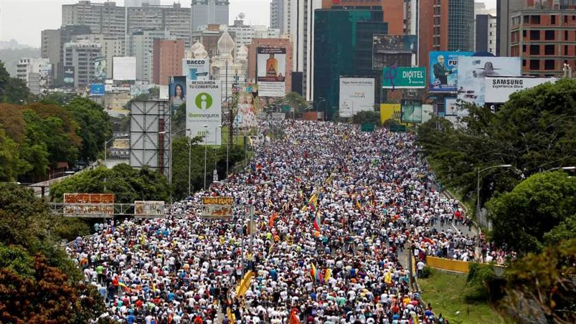 f_venezuela_crisis_170419.nbcnews-ux-1080-600