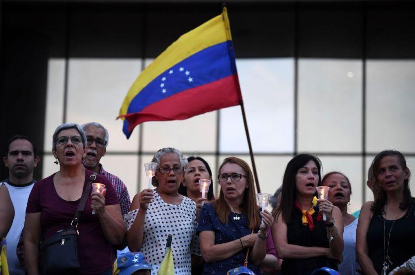 VENEZUELA-CRISIS-OPPOSITION-VIGIL