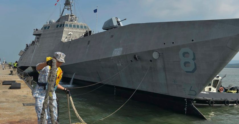 USS Montgomery Arrives in Lumut Malaysia for MTA Malaysia 2019